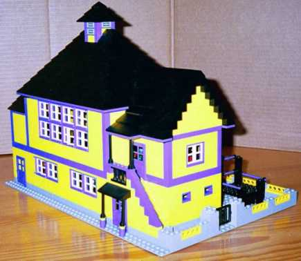 Early 20th c schoolhouse model